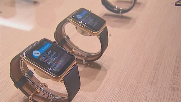 Apple and Aetna hold secret meetings to bring the Apple Watch to millions of Aetna customers