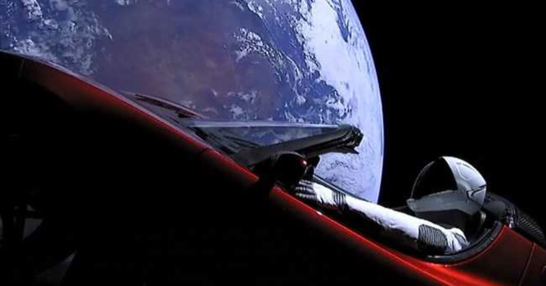 Car In Space Wallpaper Elon Musk Elon Musk S Tesla Overshot Mars Orbit But It Won T Reach