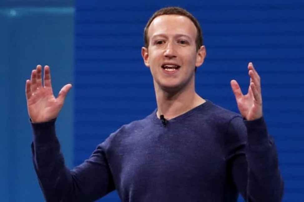 El CEO de Facebook Mark Zuckerberg habla durante la conferencia F8 Facebook Developers el 1 de mayo de 2018 en San José, California.