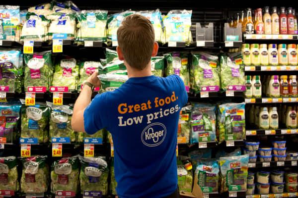 Kroger shares surge on earnings beat