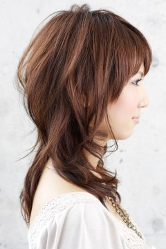 medium to long layered hair