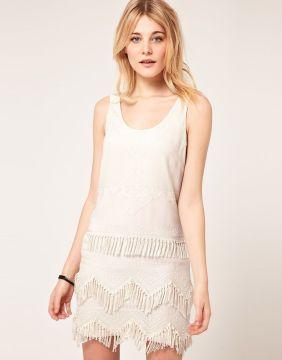 white moder flapper dress