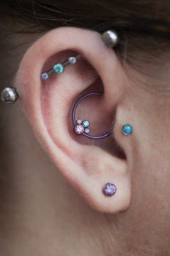 gem cluster daith piercing
