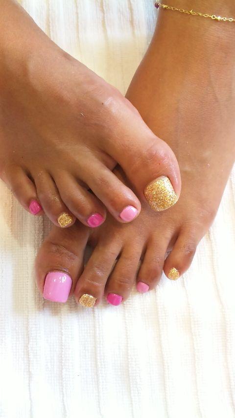 cute pink and gold pedi