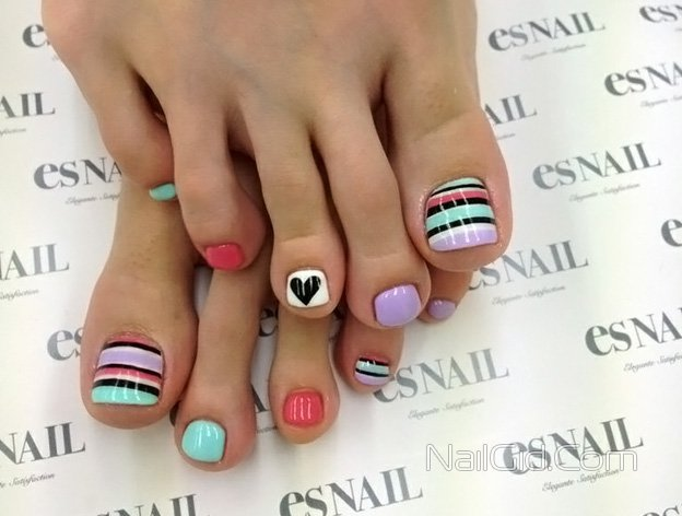 50 incredible toe nail designs ideas fmag neon geometric toe nail design prinsesfo Choice Image