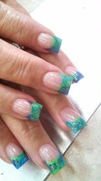 green tips acrylics