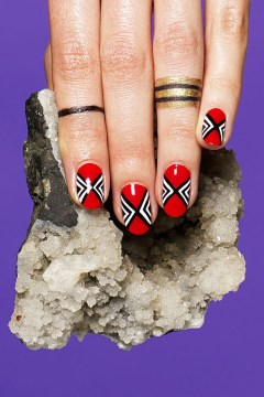 red white geometrical manicure