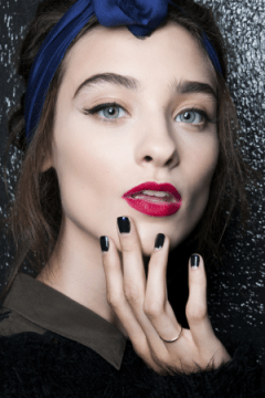 elegant and beautiful nail designs - Alexis Mabille