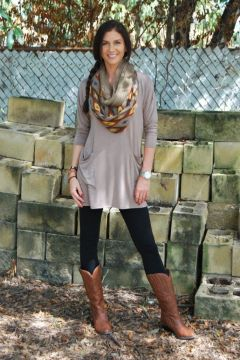 Casual tunic and legging outfit