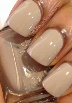 Sandy beige nails