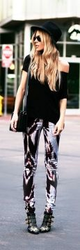 Black tunic with printed leggings