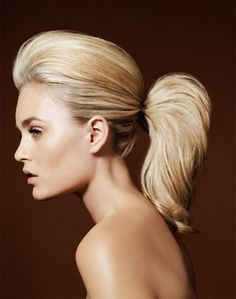 Stylish Teased Ponytail for Short Hair