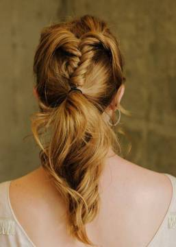 Wavy Topsy Tail Ponytail Hairstyle