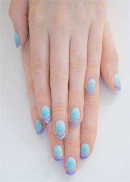 Bridal Pastel Sparkle Nails