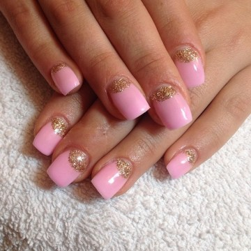 Gold Glitter and Pink Nails for Weddings