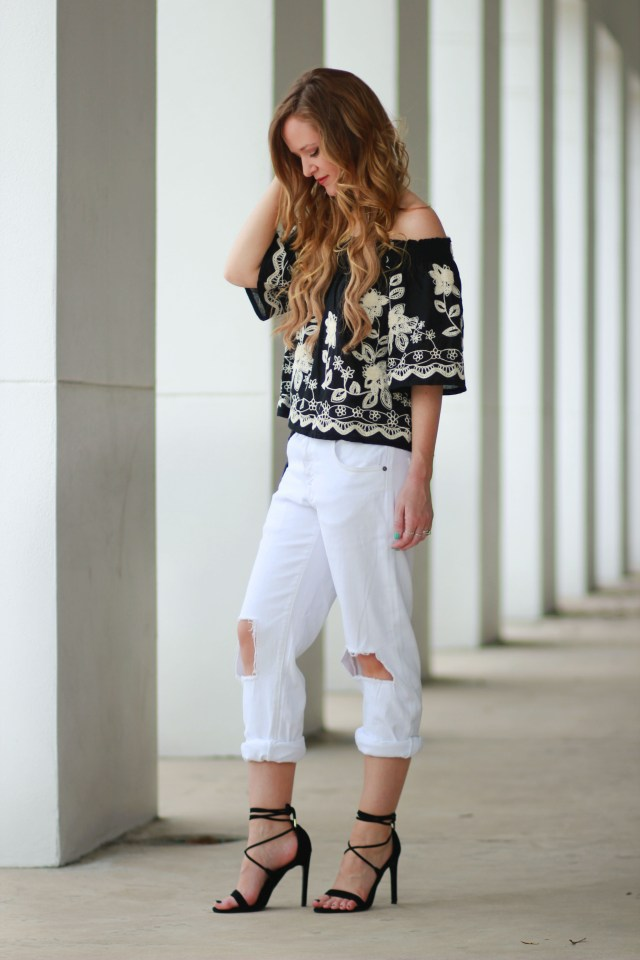 black boho chic top with boyfriend jeans