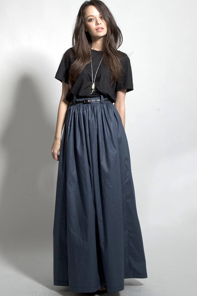 grey high waisted maxi skirt