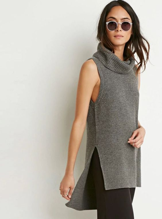 sleeveless turtle neck knitted