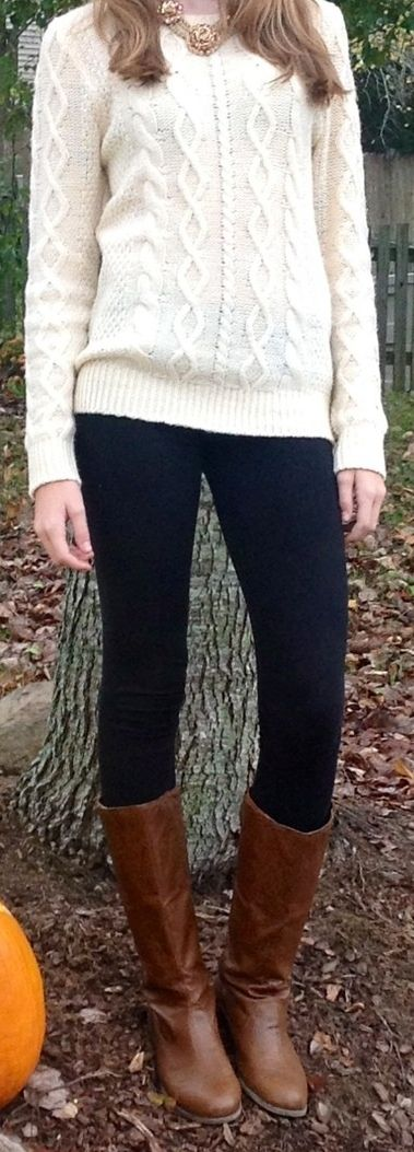 cream calbe knit sweater black skinny jeans