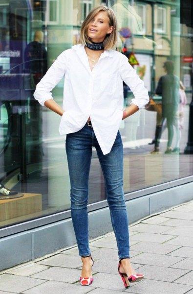 white shirt skinny jeans heels