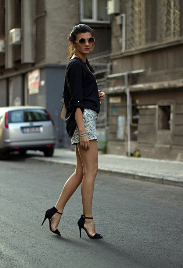 how to wear black ankle strap heels