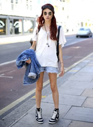 denim jacket shorts oversized white t shirt