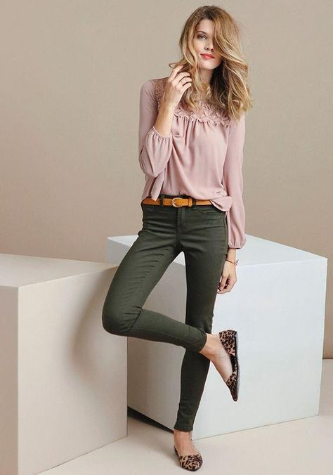 green skinny jeans romantic blouse