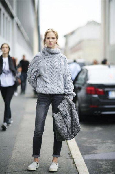 15 Best Tips on How to Wear Chunky Knit Sweater , FMag.com