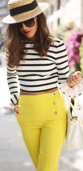 long sleeve cropped black and white striped t shirt