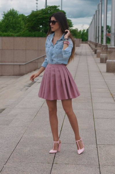 pink pleaded mini skirt outfit