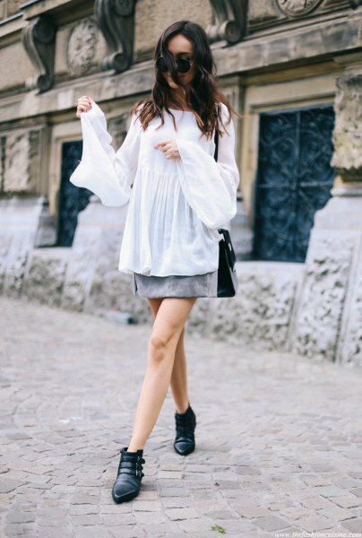 white bell sleeve top suede skirt