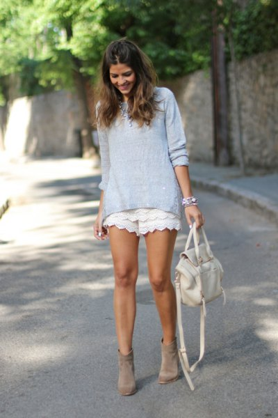 white lace shorts tiffany blue top