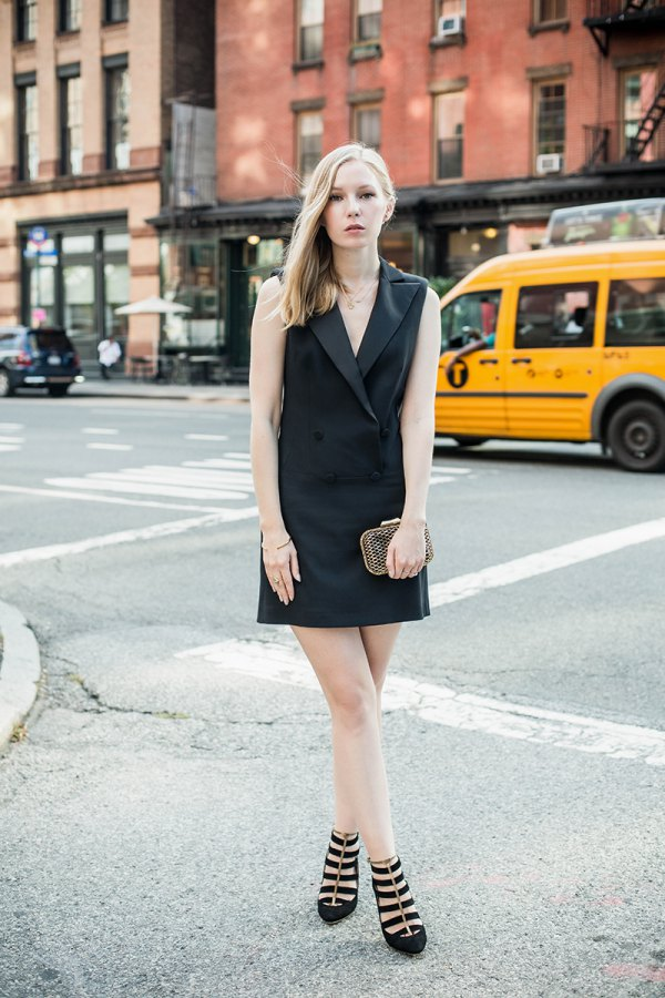 318dd0d0e7 How to Wear Tuxedo Dress  15 Amazing Outfit Ideas - FMag.com