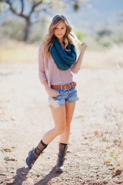 blue crochet infinity scarf grey sweater denim shorts