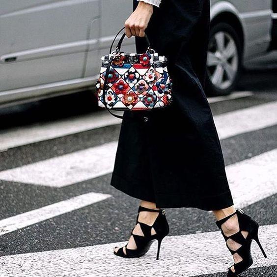 floral clutch bag black