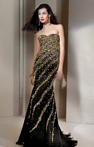 gold and black strapless mermaid dress