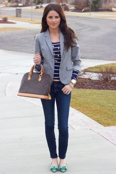 navy and white striped t shirt skinny jeans