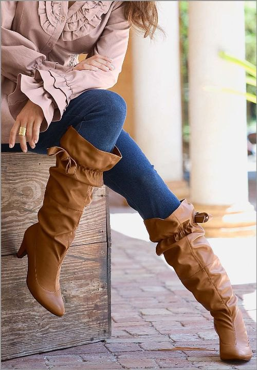 Wide Calf Boots Outfits for Women