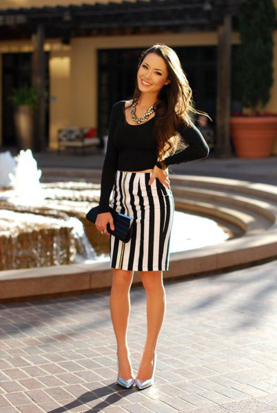 black and white vertical striped pencil skirt