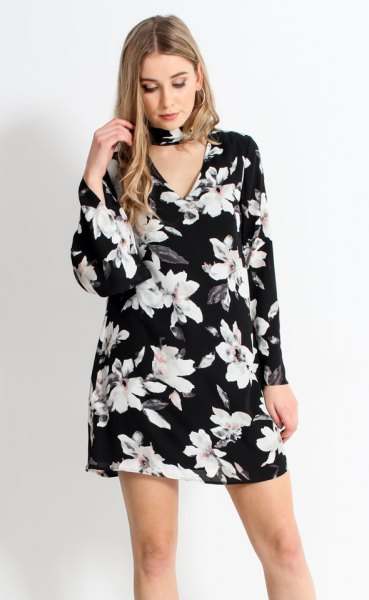 black floral bell sleeve dress choker