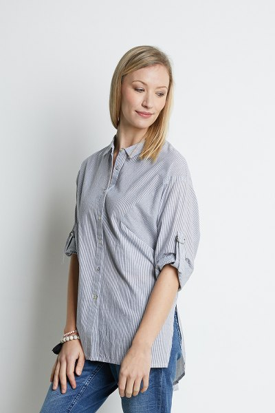 blue striped oversized shirt jeans