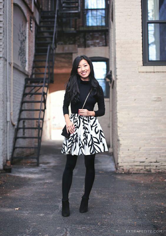 elastic waist skirt black white