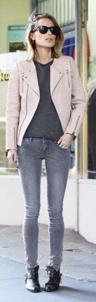 grey sweater skinny jeans