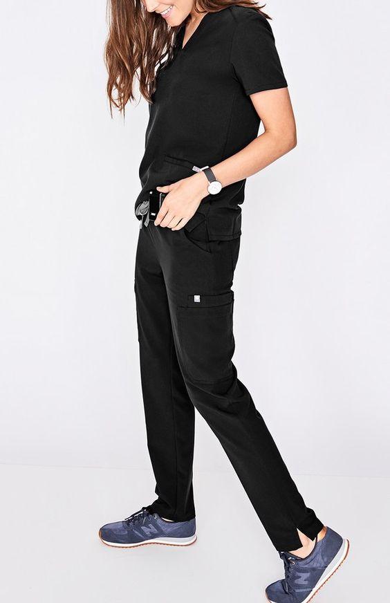 scrub pants black