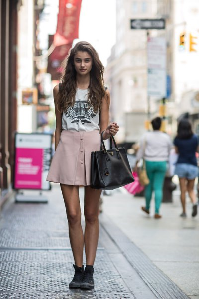 white print tee pink skater mini skirt