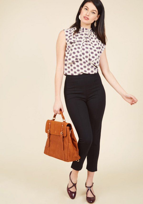 4f8beef53372 How to Style Ponte Pants  15 Chic Outfit Ideas for Ladies - FMag.com