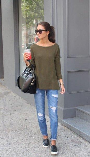 black slip on sneakers green long sleeve t shirt jeans