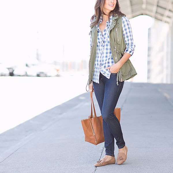 blue and white plaid button up shirt skinny jeans
