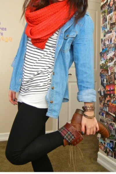 brown fold over boots chambray shirt striped tee
