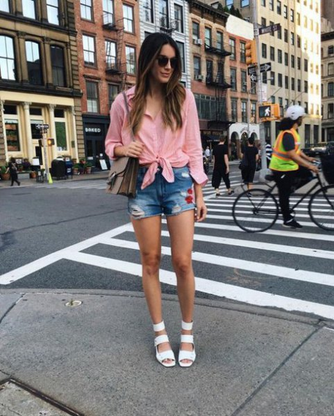 pink knotted shirt denim shorts